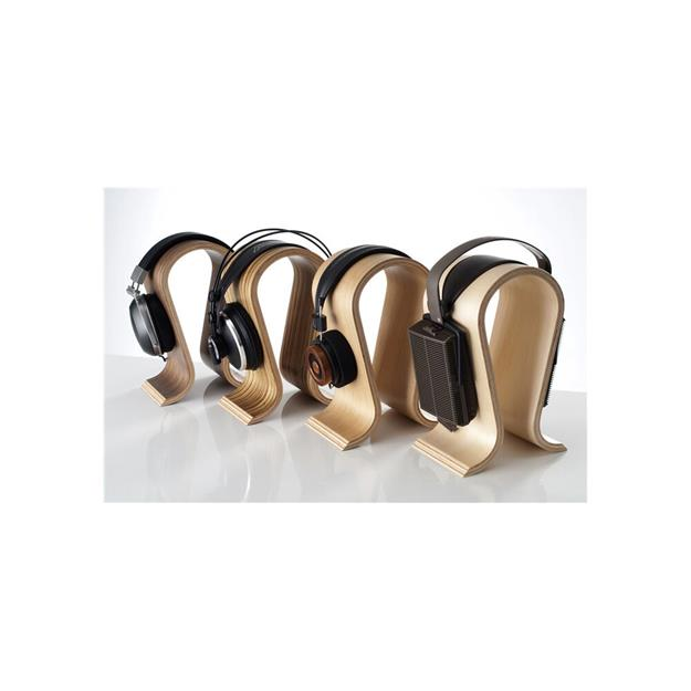 Sieveking Sound Omega Makassar