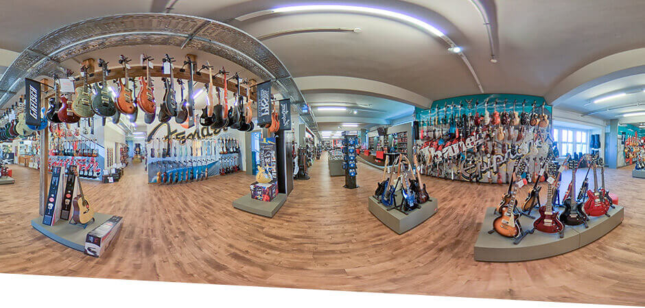 JustMusic Berlin FlagShipStore - Abteilung Electric Guitars & Basses